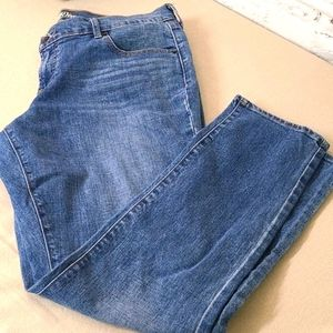 🌸🌼 OLD NAVY JEANS 14 SHORT